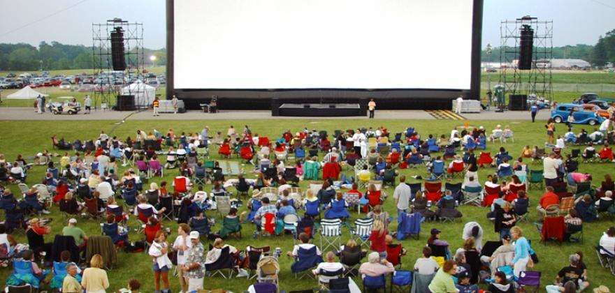 Outdoor film festivals; your favourite movies beneath the stars